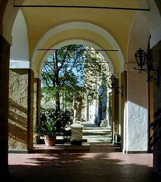 San Lodovico Courtyard